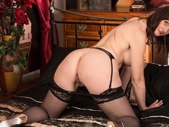 Toni Lace in Boudoir_Secrets Scene