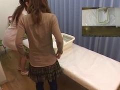 Japanese babe enjoys a sensual sex massage