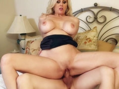 Julia Ann & Jessy Jones in My Friends Hot Mom