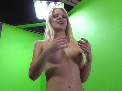 Caroline De Jaie, Travis Varjak in Caroline Floods Stage with a Big Squirt Video