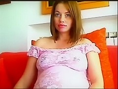 IÒ'm showing my perfect tits on cam