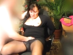 Spanking her clitty with pleasure
