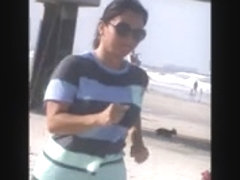 double latina milfs tit jiggle jogging on beach 29