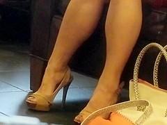 Candid Feet: High Heeled Asian