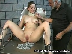 Poor Angelina loves to play suspension games