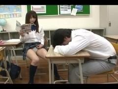 Free Japanese porn shows a gal sucking a pecker