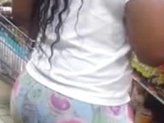 ebony candid booty