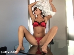 WetAndPuffy Video: Lindsey