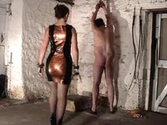 Kinky domina gives some spanking fun to her thrall