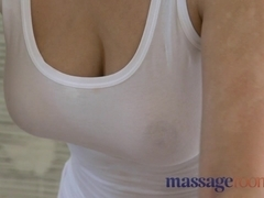 Big natural breasts and small hands satisfy