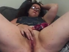 chubby girl cums for us