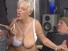 Blonde-Shorthair Tattoo-BBW-Goddess fucked by 2 Guys