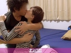 The Nampa Tsurekomi, Hidden Camera 121 Yumi 22-year-old convenience store bytes (Married Whirlpool)