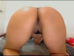 Fine ass webcam chick 2