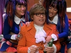 Carrie Ann Inaba,Diane Mizota,Beyonce Knowles in Austin Powers In Goldmember (2002)