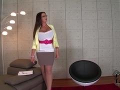 DdfBusty Video: Ta-Ta Therapy