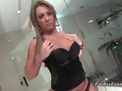 Awesome Latina MILF gives great blowjob