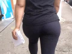 SDRUWS2 - BIG FAT BUTT DRIVES ME CRAZY