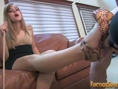 Mother and daughter Dominatrixes rule muscle fastened male