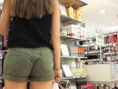 SEXY ASses in shorts 1