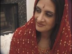 Hawt Anglo-Kashmiri Indian Pornstar