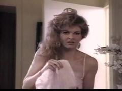 Astrid Falconi,Christine Cattell,Tina Theberge,Viki Matthews in Big Deal (1985)