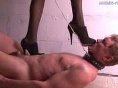 Under-Feet Video: Jane
