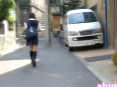 Street sharking with a nice college girl who wears panties