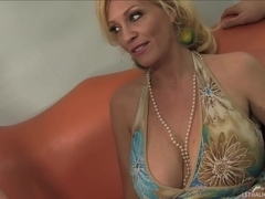 Super Hot 18 Year Old Blond Zoey Page Seduced