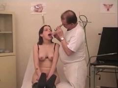 Gal fucking her OBGYN