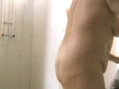 Video shower porn scenes of slim and fat amateurs