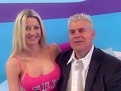 Blonde can't live without to fuck