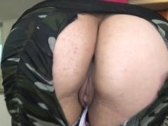 Juicy whore adores oral pleasures