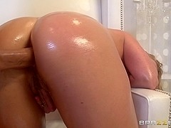 Big Wet Butts: Fucking By The Fire. Holly Heart, Keiran Lee