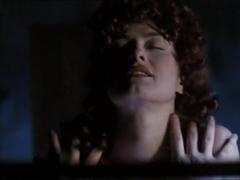 Suzanne Bridgham,Teresa DePriest in The Doorway (2000)