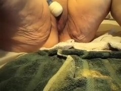 Big chunky and smutty moist crack on livecam teased with a sex tool