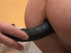 Amateur ass toying - 1 - 4