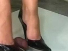 Trample shoejob