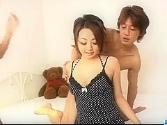 Yuu Shiraishi blows two cocks before threesome sex