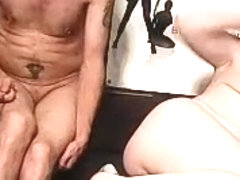 unclmegalomaniak private video on 06/08/15 08:36 from Chaturbate