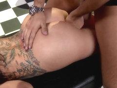 Keiran Lee banges tattooed stunner Sophia Santi