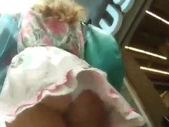 Creeping under a hot girl's skirt