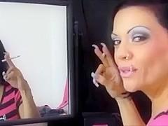Smoking woman - mirror, makeup + 120