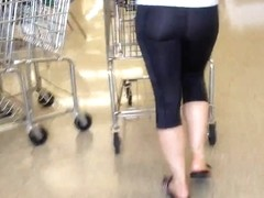 Fit Booty Mom pt 2