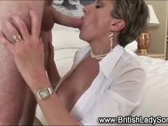 Lady Sonia gets cunt slammed