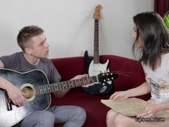 Jamming And Pussy Eating Session Of Young Couple