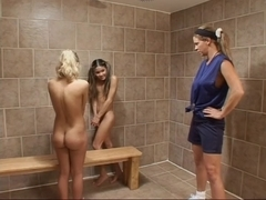 Gym Tutor Catches 2 Gals Experimenting
