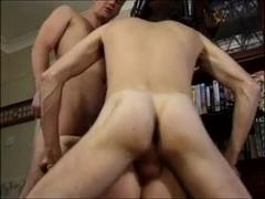Lovely British Babe Enjoys A Threesome !