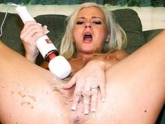 Bree Olson in Squirt America Video