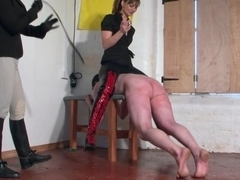 Equestriennes 2 misstress beating a slave